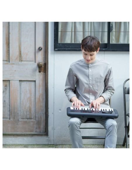 Yamaha PSS-A50 Digital Keyboard